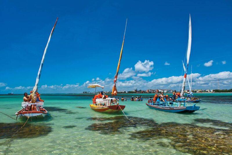 Maceió, um litoral com belas praias e piscinas naturais fascinantes - Foto: Divulgação