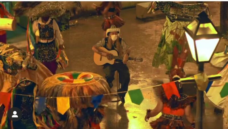 O cantor e músico Roberto Ricci que estrela a campanha junina da Potiguar assinada pela Captura Produções  - Foto: Divulgação