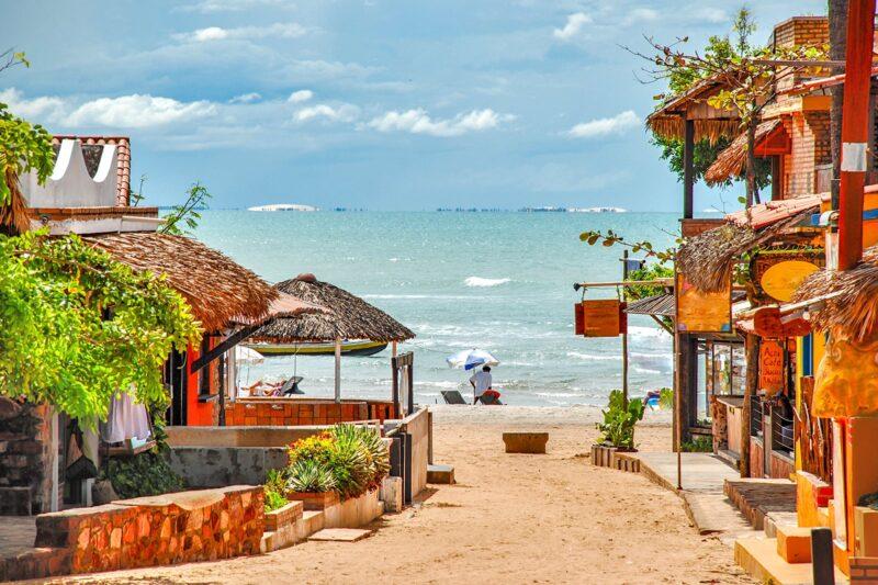 Jericoacoara, uma vila de pescadores que ainda conserva seu ar rústico - Foto: Reprodução