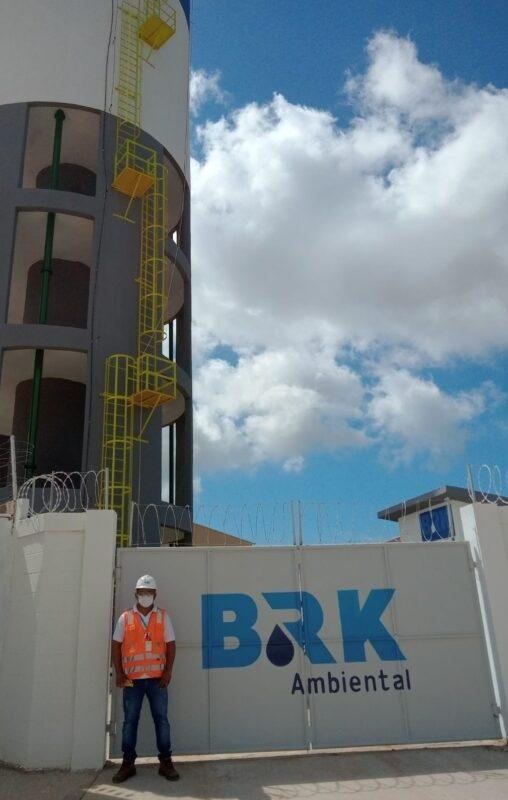 Clodoilto Ribeiro da Cruz, da equipe de operação e manutenção da BRK Ambiental, concessionária de água e esgotamento sanitário de São José de Ribamar e Paço do Lumiar - Foto: Divulgação