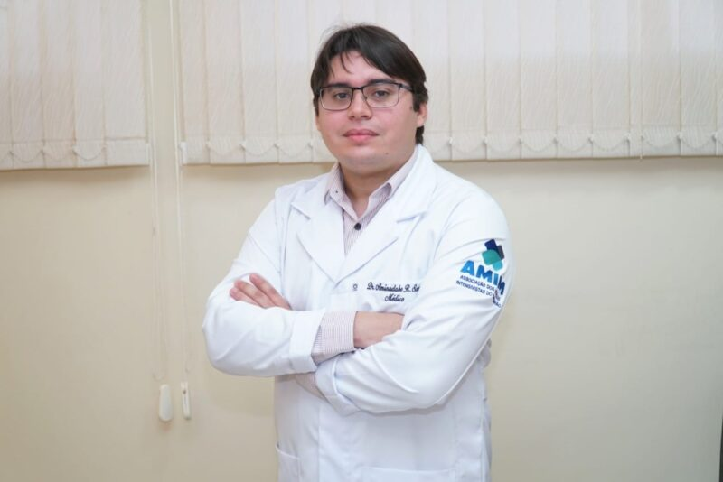 Dr. Aminadabe Souza, médico intensivista do Hospital São Luiz (HSLZ) - Foto: Divulgação