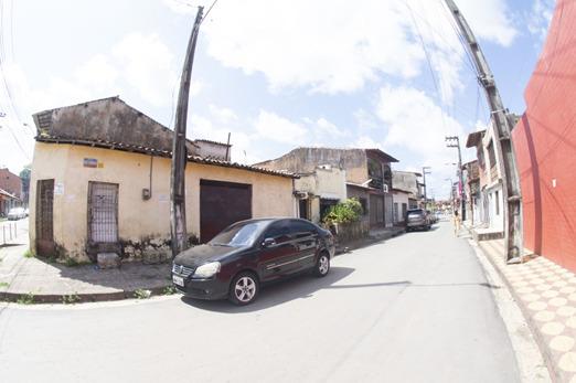 A placa, com Rua João Evangelista na esquina do Caminho da Boiada, permanece – Arquivo: Herbert de Jesus Santos