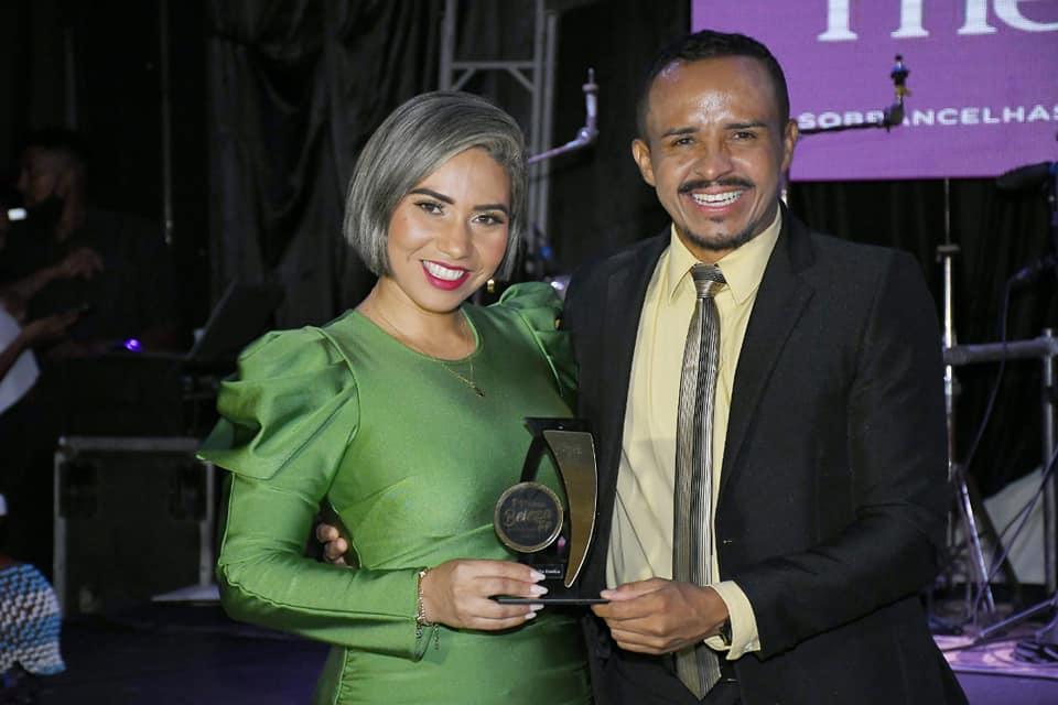 Themis Carvalho Estética recebe Troféu Beleza Top