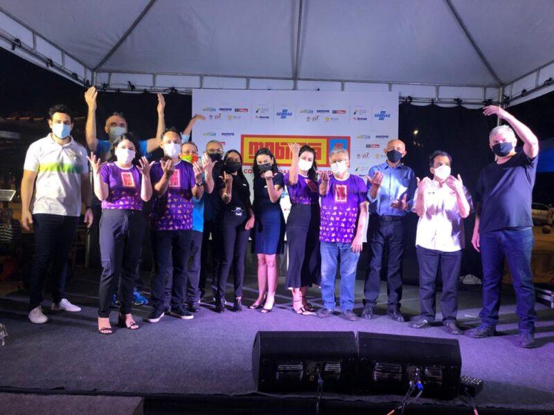 Diretoria do Sebrae, apoiadores e patrocinadores do Mobiliza na abertura oficial do movimento, no sábado (04), na Praça Deodoro – Foto: Divulgação