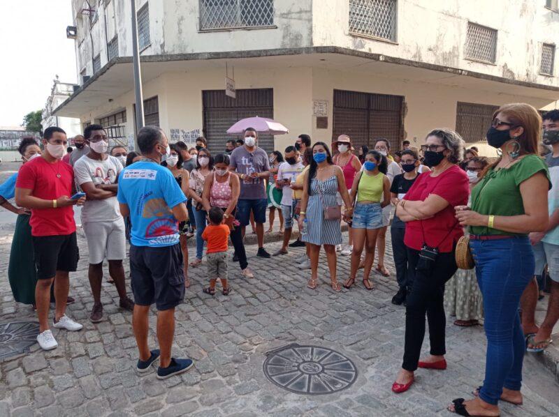 O guia de turismo Darlan Maranhão conduziu o Freewalking Tour pelo Centro Histórico da capital – Foto: Divulgação