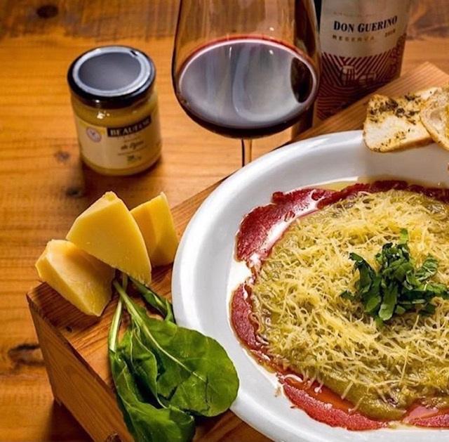 O Carppaccio Clássico como  aperitivo de entradas – FOTO: CLAUTON FARIAS
