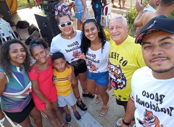 Várias gerações participaram da programação de sucesso  do Bloco Os Feras 25 Anos de Luz – Foto: Divulgação